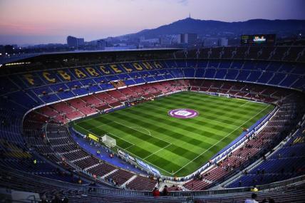 camp-nou-estadio-futbol-club-barcelona-hotel-5-estrellas-centro-ciudad.jpg